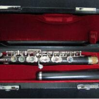 奈良県よりピッコロなどの楽器。合唱・楽譜など買取りしました