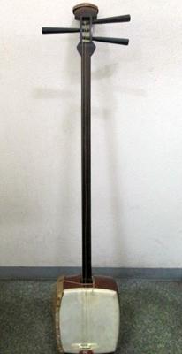福井県より楽器三味線。クラシックの楽譜・音楽書を買取りしました福井県より楽器三味線。クラシックの楽譜・音楽書を買取りしました