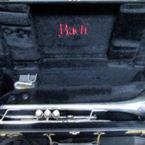 和歌山県より楽器トランペット。音楽書、声楽の楽譜など買取りしました