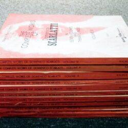 兵庫県よりカルマス社スカルラッティ全集、山田耕筰作品全集などピアノ楽譜、輸入楽譜、音楽書、CDを買取しました
